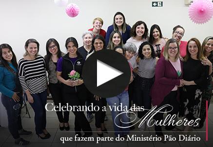 Chá Rosa - Celebrando a vida das mulheres que fazem parte do Ministério Pão Diário